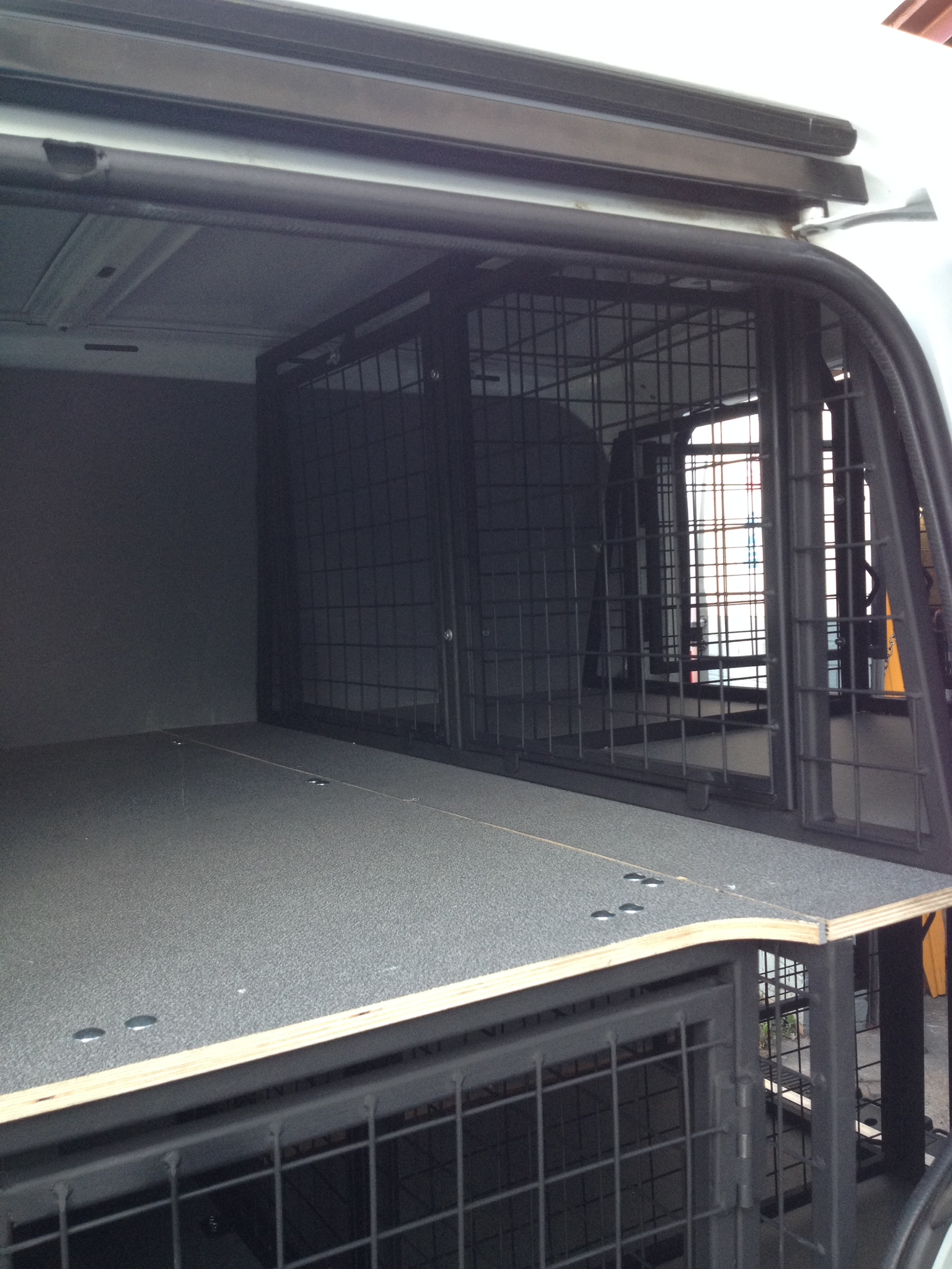 Van Dog Cages - Custom made cages to fill all types of vans